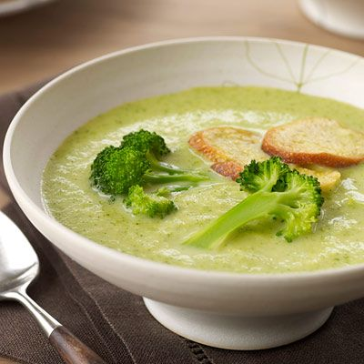 "<p>This luxuriously creamy soup is the perfect starter for Thanksgiving dinner because it can be made in advance, then reheated and garnished just before serving.</p><br /><p><b>Recipe: <a href=""/recipefinder/creamy-broccoli-soup-croutons-recipe"" target=""_blank"">Creamy Broccoli Soup</a></b>"
