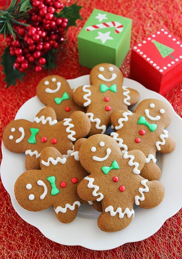 Hang-the-Stockings Gingerbread Cookies