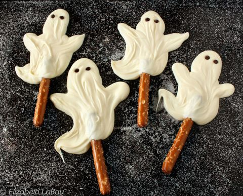 """<p>It's scary how good the combination of sweet and salty can be and these pops hit both flavors perfectly.</p><p><strong>Get the recipe from <a href=""""http://candy.about.com/od/halloweencandyrecipes/r/choc_ghosts.htm"""" target=""""_blank"""">About Food</a>.</strong></p>"""