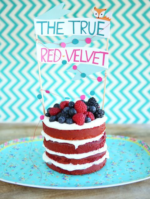 red velvet cake with goat cheese frosting