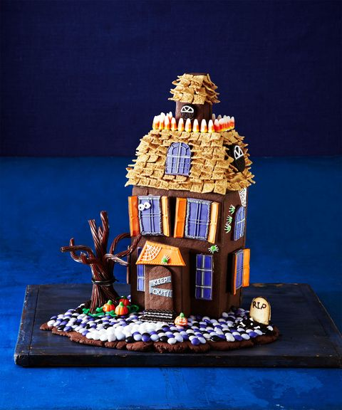 <p>Chocolate cookie walls and candy decorations make this haunted house frightfully delicious.</p> <p>Get the templates you need to get started here, and then click through to start decorating! </p>