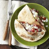 turkey pitas with cucumber salad
