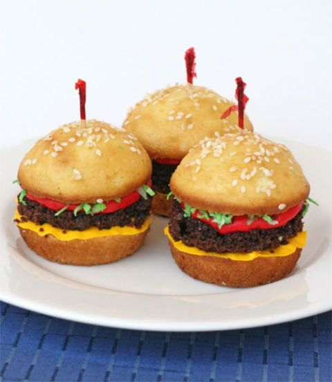 "<div class=""imageContent""> <p class=""FreeForm"">These sweet sliders will be a big hit at your next BBQ. You can even serve them with sugar cookie fries.</p> <p class=""FreeForm"">Get both recipes at <a href=""http://www.glorioustreats.com/2010/06/hamburger-cupcakes-with-cookie-fries.html"" target=""_blank"">Glorious Treats</a>.</p> </div>"