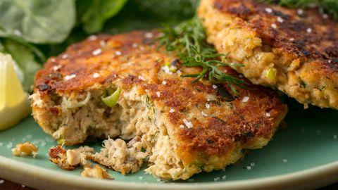 Easy Salmon Patty Recipe How To Make Salmon Patties