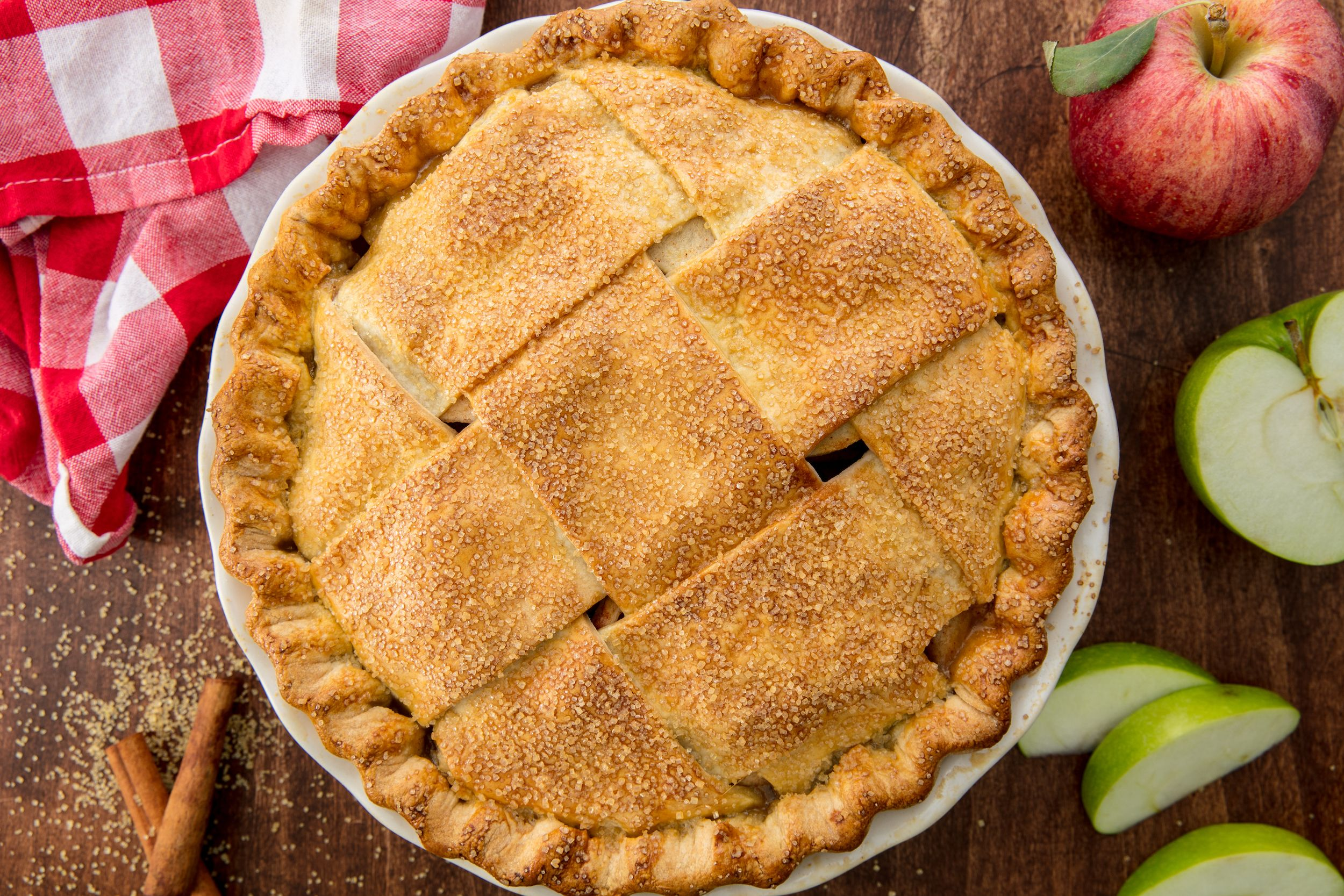 Best Homemade Apple Pie Recipe How To Make Easy Apple Pie From Scratch