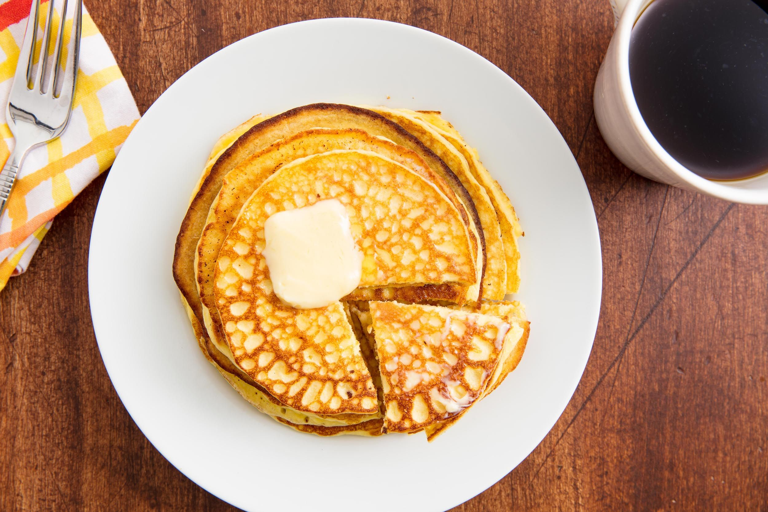 best keto pancake recipe - how to make low carb pancakes with almond