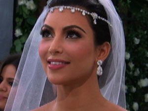 Kim Kardashian Married Basketball Star Kris Humphries In Front Of Friends And Family At A Lavish Ceremony Montecito California Over The Weekend