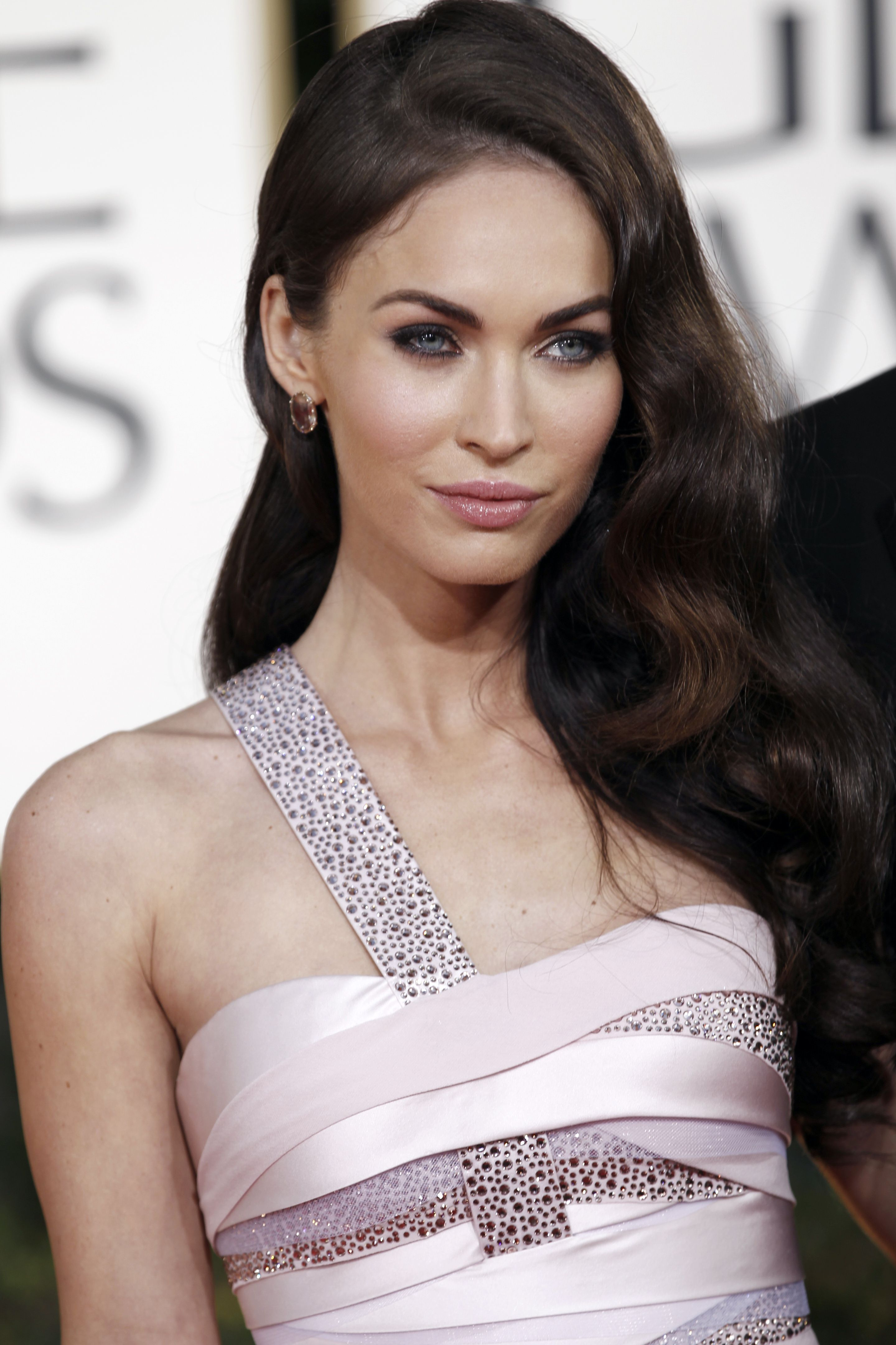 Megan Fox Threatens To Sue Over Naked Pictures