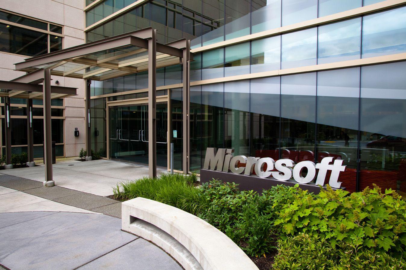c15c9216f16603 Microsoft planning Netflix bid