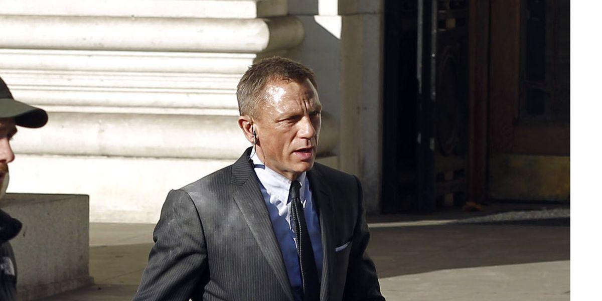 Bond Stuntman In Skyfall Set Accident