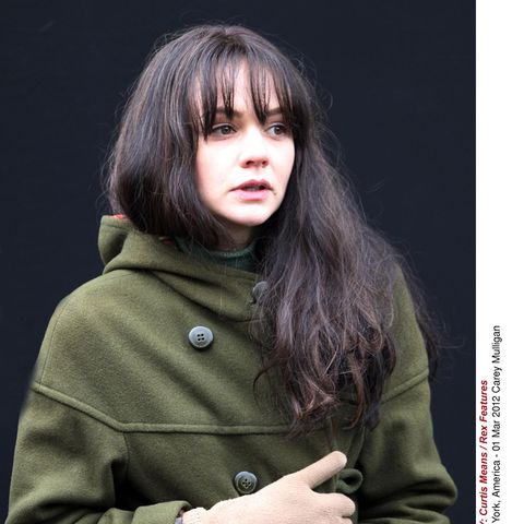 Sleeve, Collar, Bangs, Watch, Jacket, Street fashion, Step cutting, Portrait photography, Button, Layered hair,