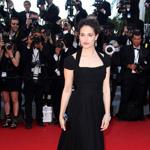 Clothing, Trousers, Event, Flooring, Dress, Carpet, Coat, Premiere, Camera, Outerwear,