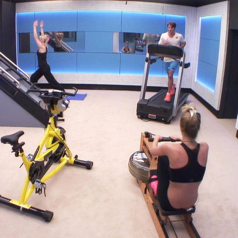 Leg, Arm, Human body, Shoulder, Human leg, Joint, Bicycle frame, Display device, Exercise machine, Knee,
