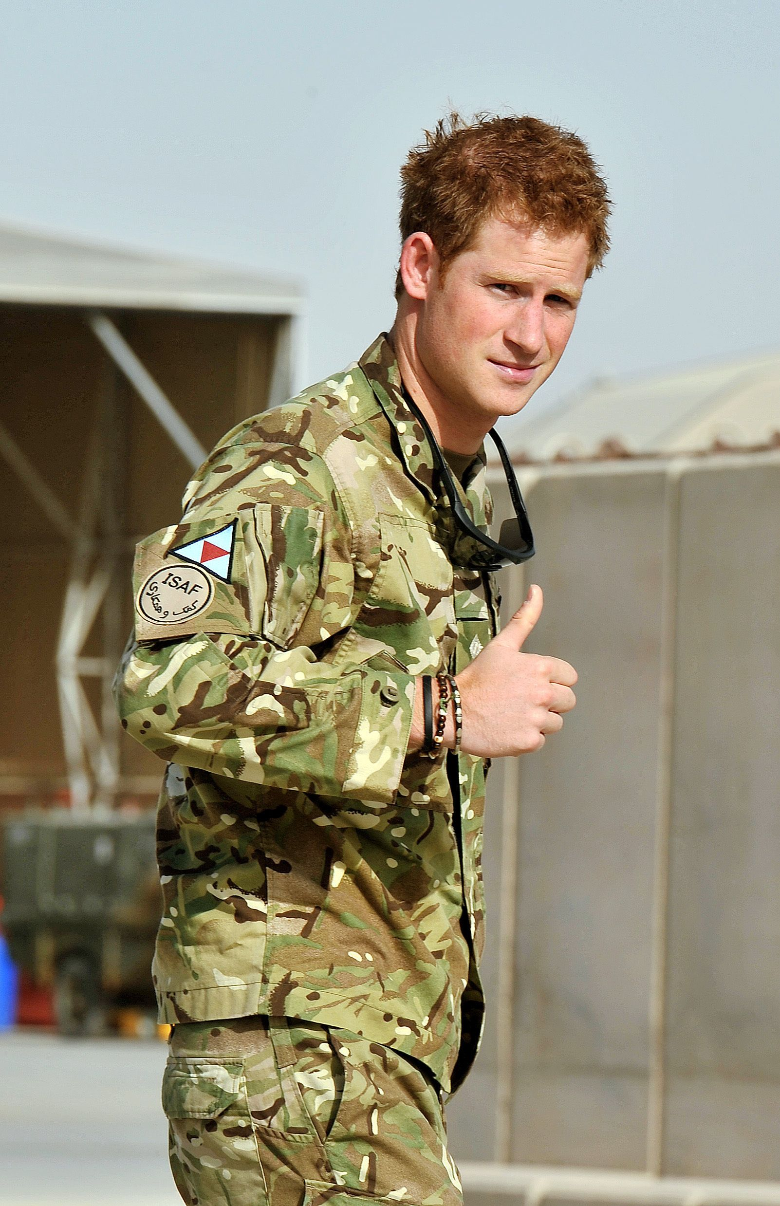 prince harry to get apology from soldier prince harry to get apology from soldier