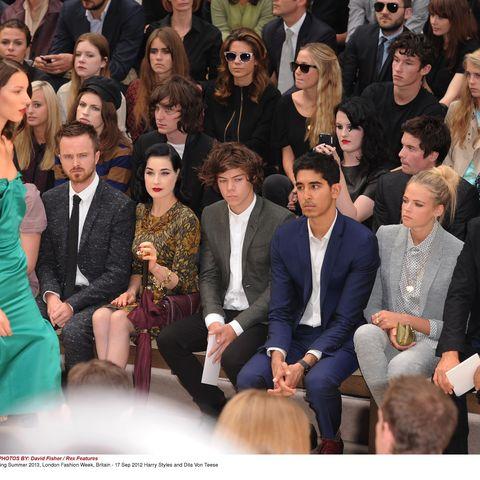 People, Trousers, Event, Coat, Outerwear, Formal wear, Suit, Style, Dress, Blazer,