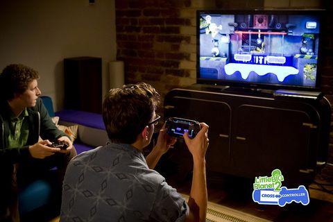 LittleBigPlanet 2 Cross-Controller review