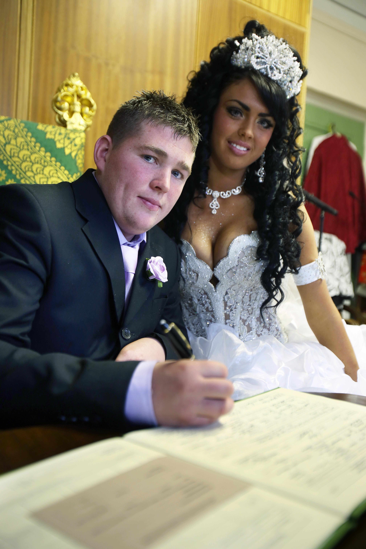 4b8d6f1094a Big Fat Gypsy Wedding Dresses Uk - Gomes Weine AG