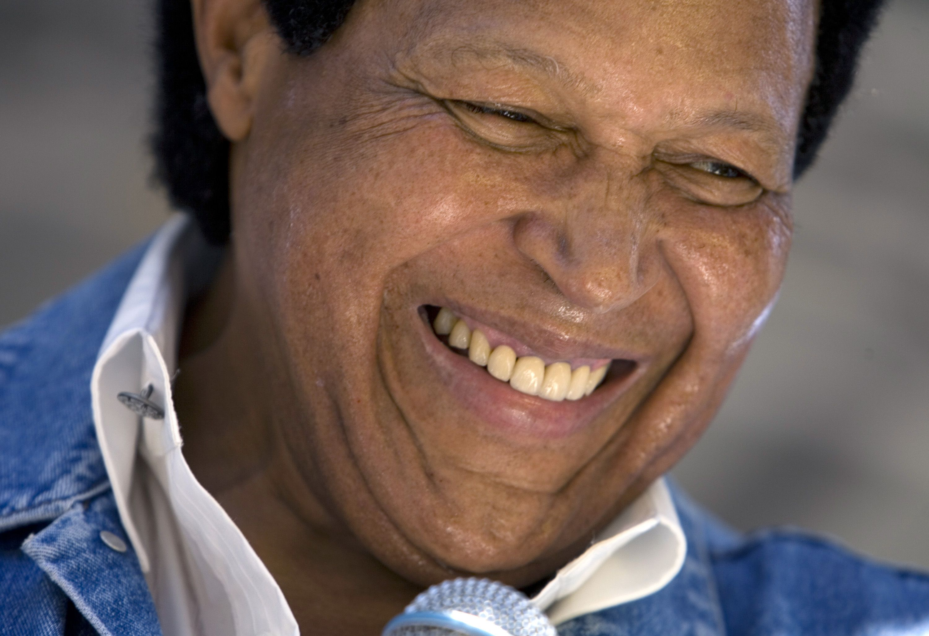 Chubby Checker sues HP over penis app