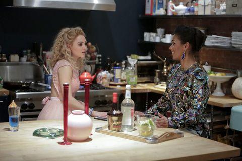 88024b144c8 Carrie Diaries   Season finale recap