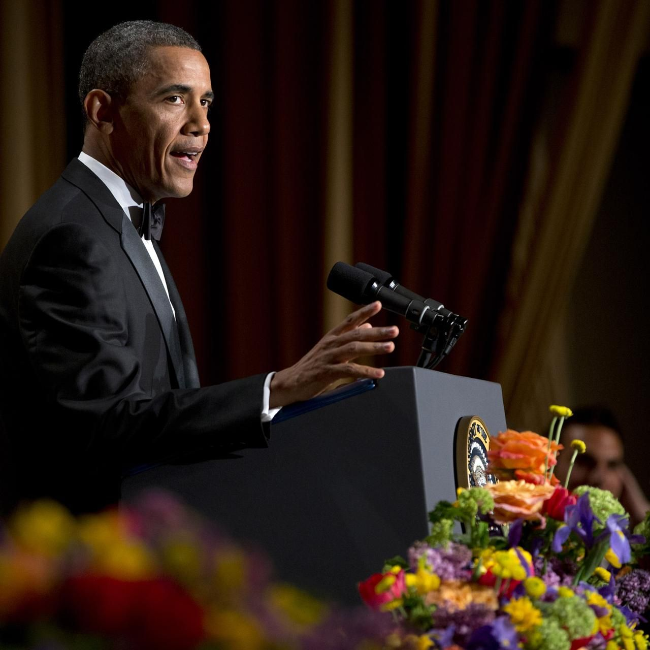 Obama 'sings' Daft Punk's 'Get Lucky'