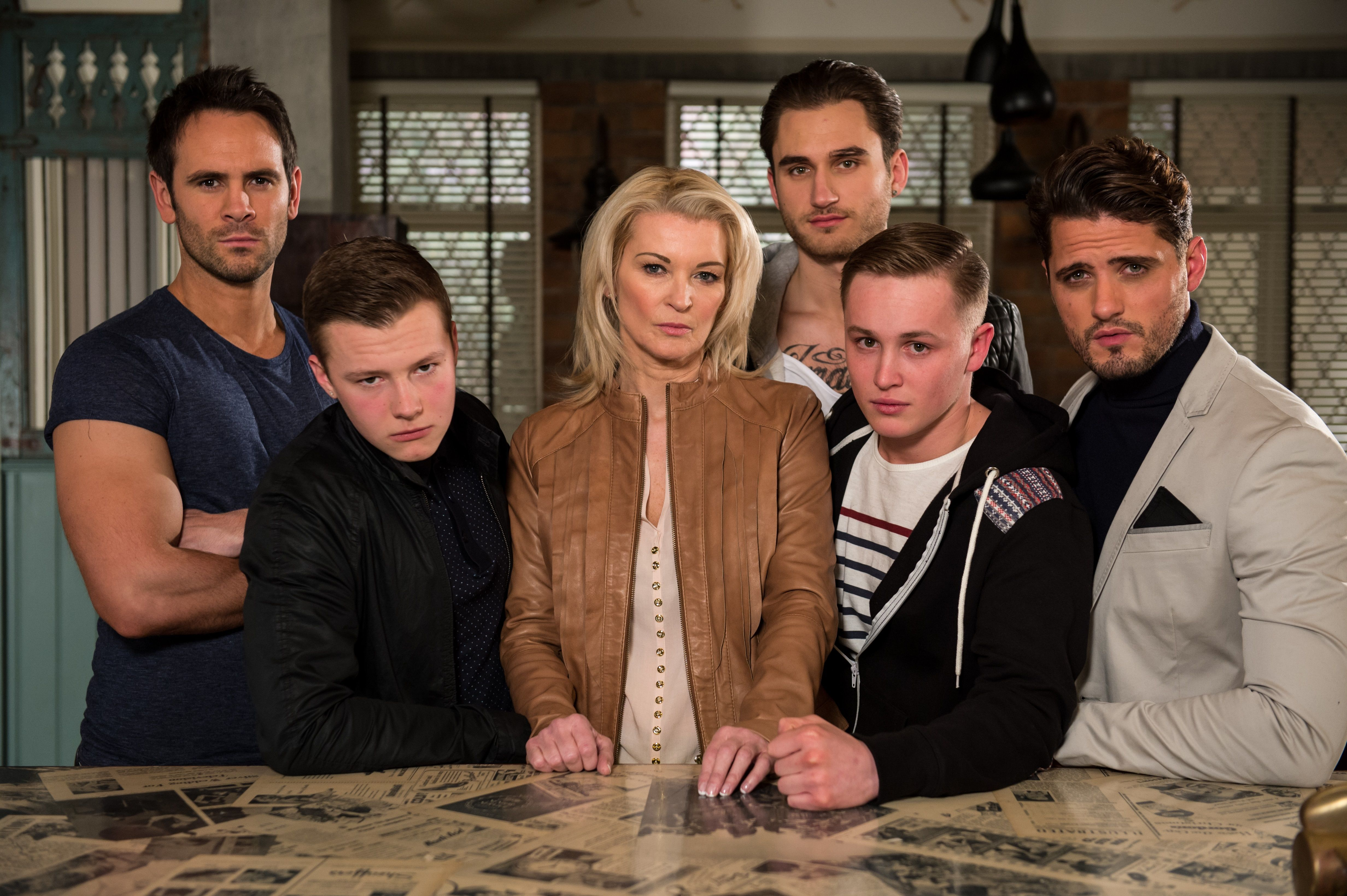 Hollyoaks cast dating nella vita reale 2013