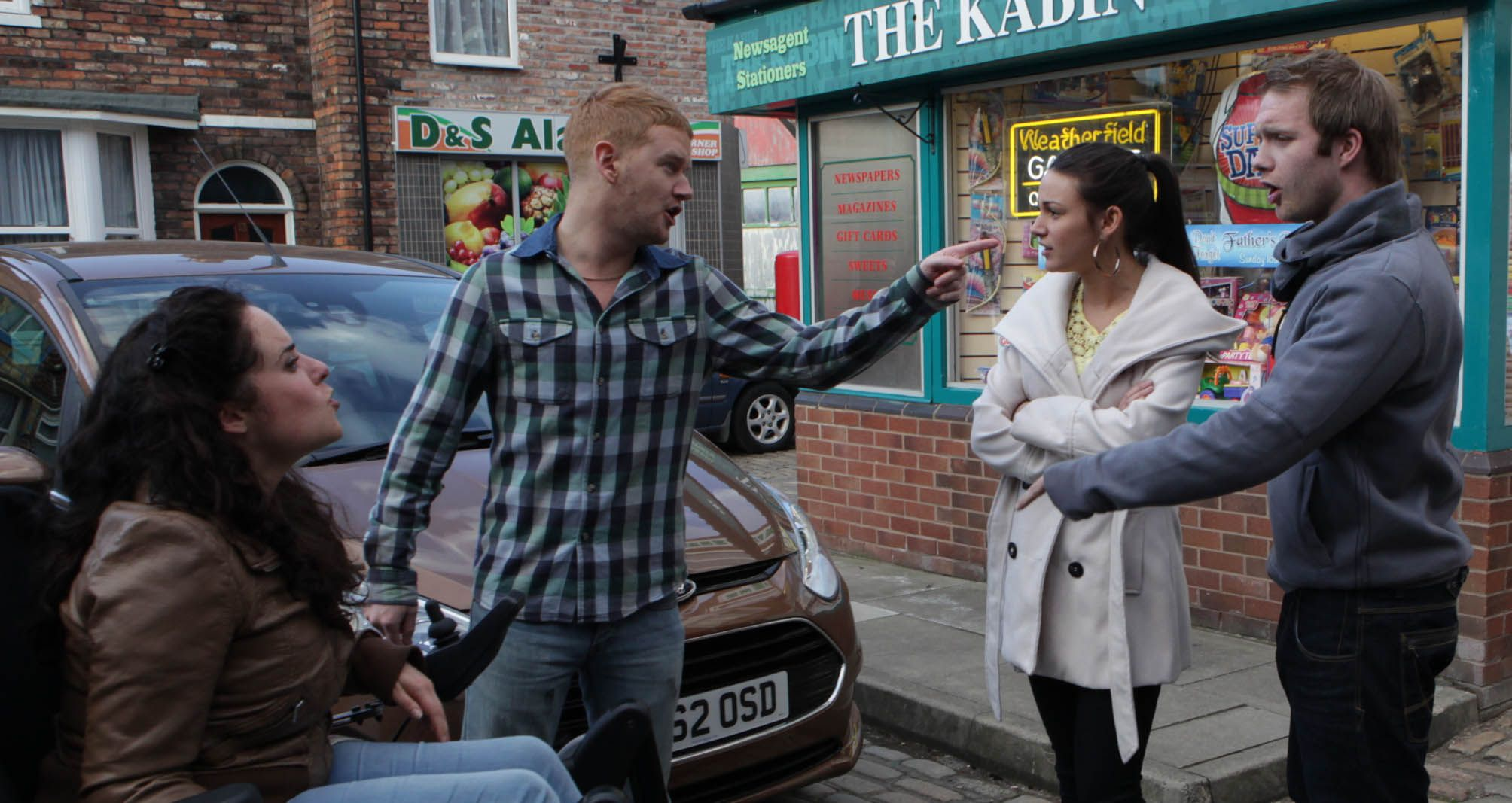 POTD: Corrie's Tina faces baby backlash