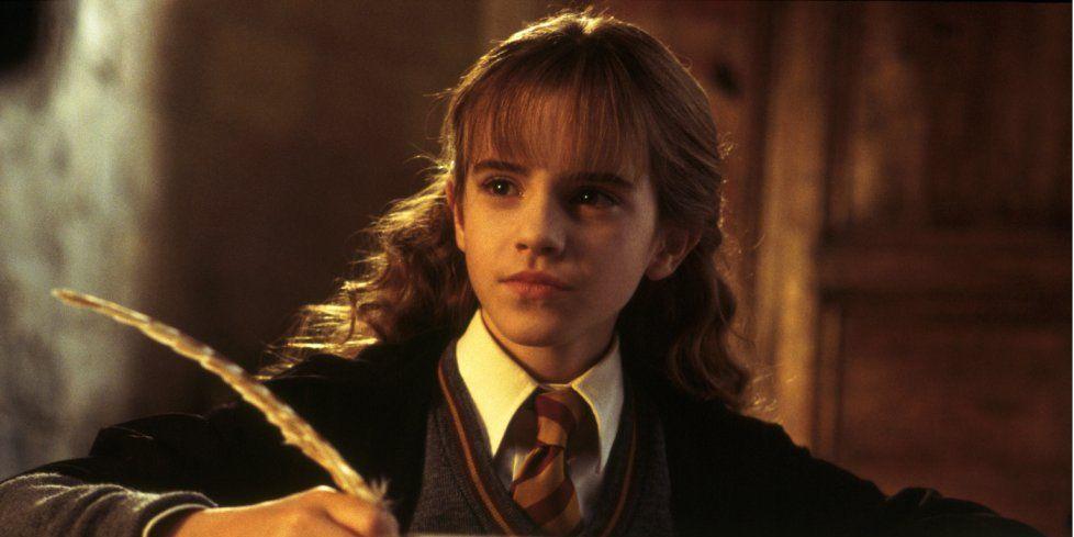 Harry Potter S Tom Felton Shares Adorable Bts Emma Watson Video