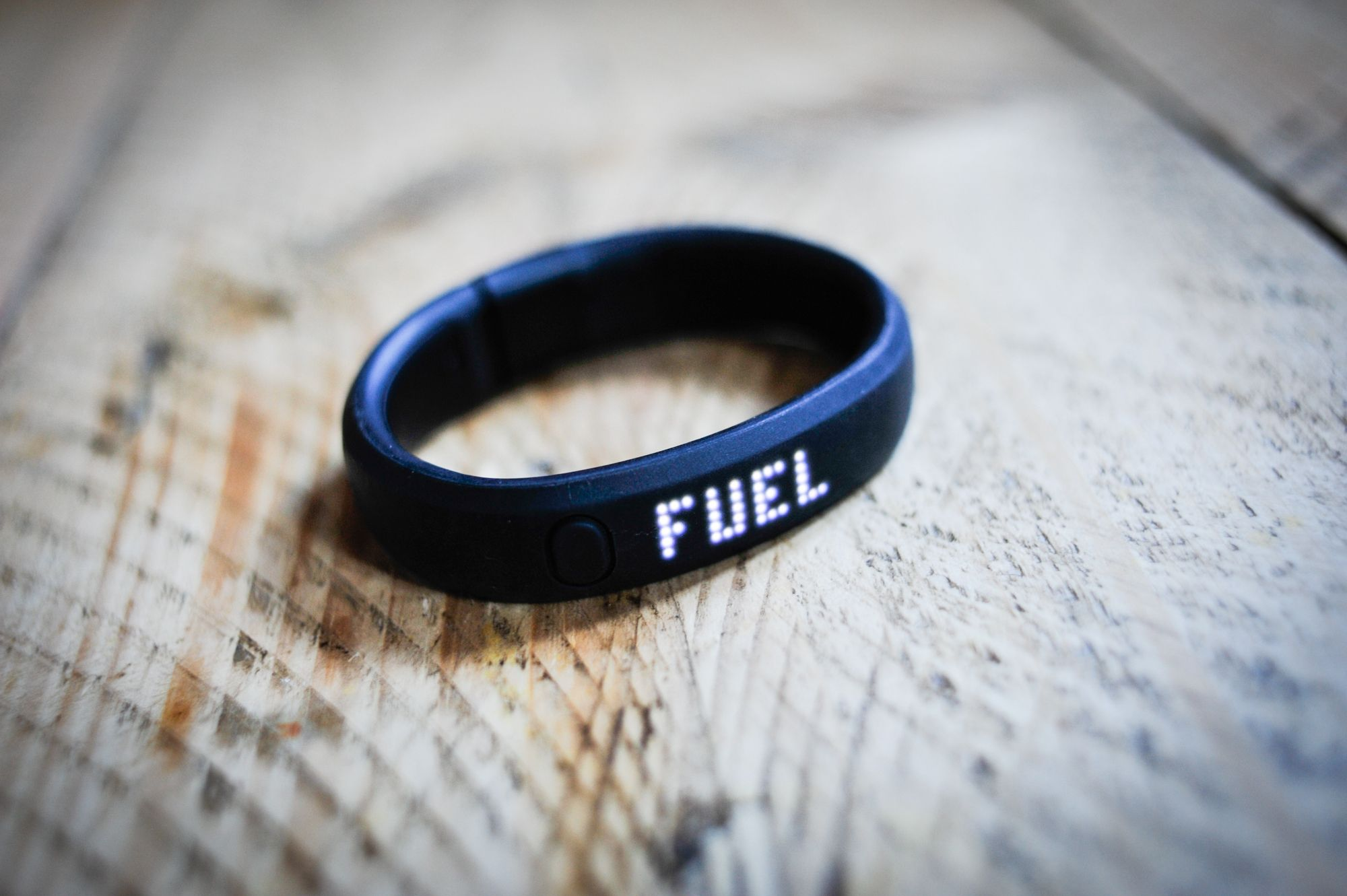 Nike FuelBand SE review: Can it keep you fit?