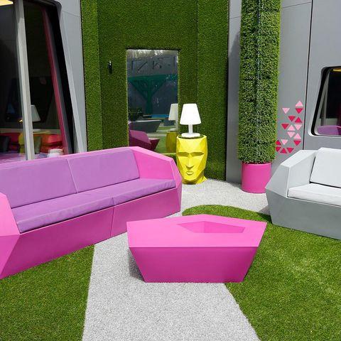 Green, Pink, Purple, Magenta, Lavender, Animation, Games, Television set,
