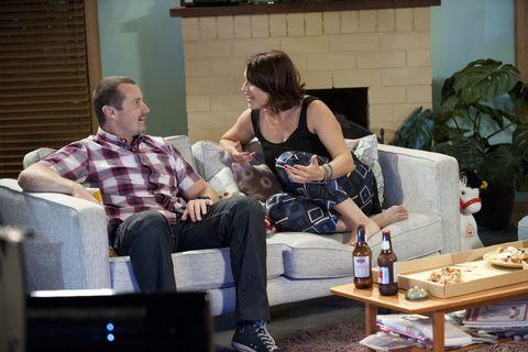 Sitting, Bottle, Comfort, Living room, Drink, Sharing, Coffee table, Houseplant, Flowerpot, Home,