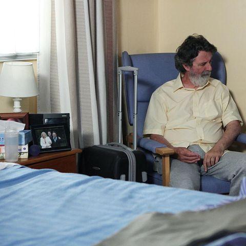 Room, Comfort, Lamp, Linens, Sitting, Bedding, Bed sheet, Lampshade, Bed, Bedroom,