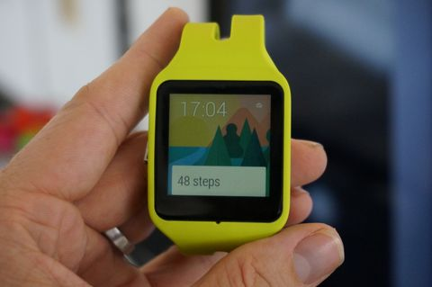Sony SmartWatch 3 arrives on Google Play