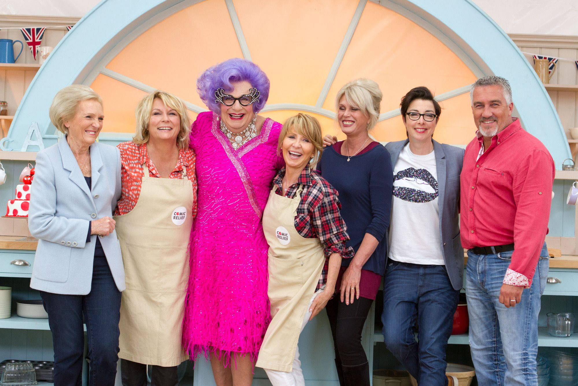 Bit Of Comic Relief For Tonights >> Comic Relief Bake Off 16 Funniest Bits