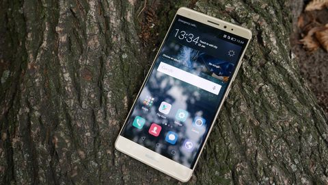 Hands-on with Huawei's new Mate S phone