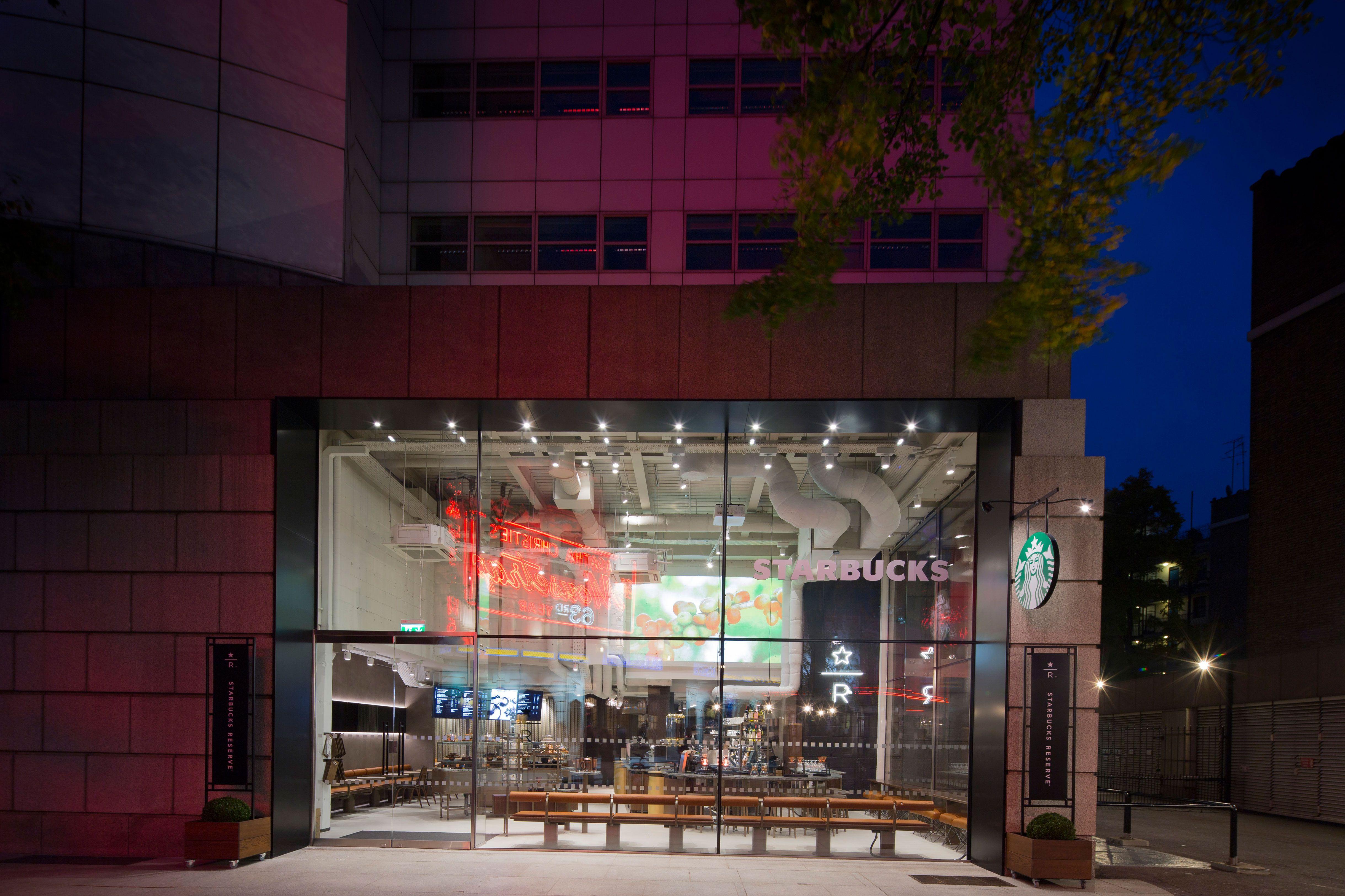 acd3cf73829 Futuristic Starbucks has beer but no tills