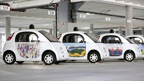Motor vehicle, Wheel, Mode of transport, Automotive design, Vehicle, Land vehicle, Car, Vehicle door, Automotive parking light, Alloy wheel,