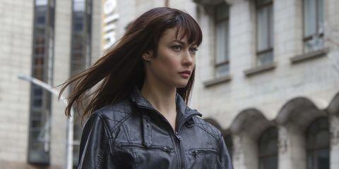 Clothing, Jacket, Sleeve, Collar, Shirt, Street fashion, Leather, Leather jacket, Long hair, Feathered hair,
