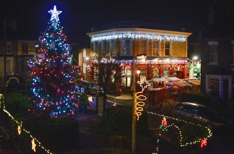 Lighting, Event, Christmas decoration, Night, Holiday, Light, Christmas tree, Midnight, Darkness, Electricity,