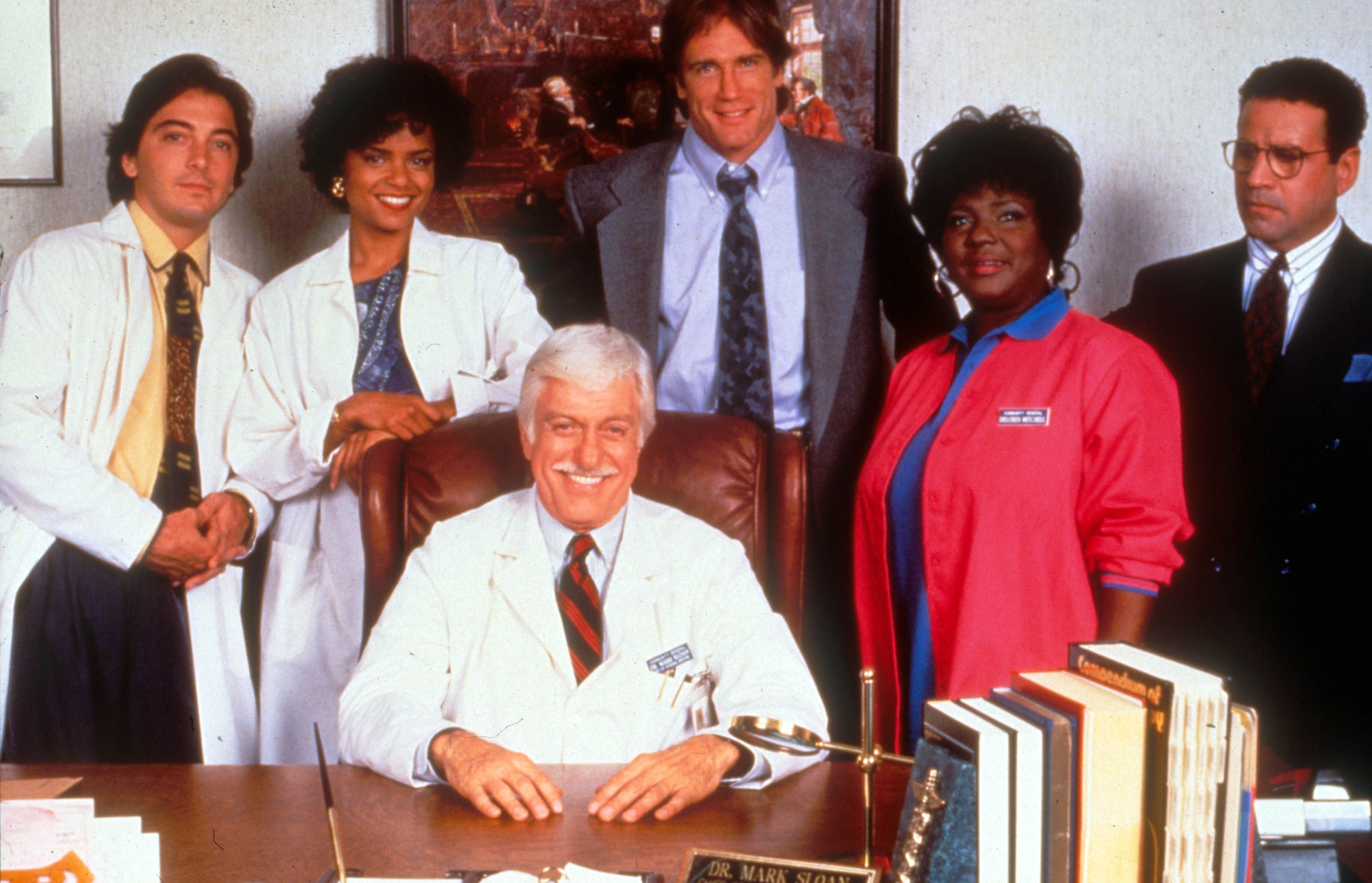 Diagnosis Murder: Dick Van Dyke, his son Barry and the rest