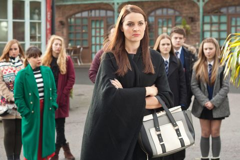 Sienna arrives at Patrick's memorial and launches an attack on Maxine