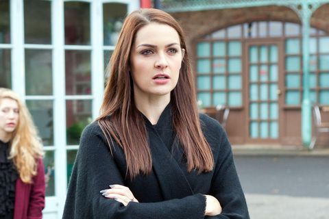 Sienna accuses Maxine of manipulating her father