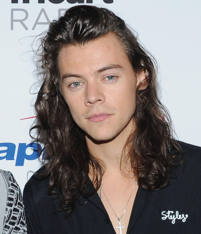 Harry stiler dating mars 2014