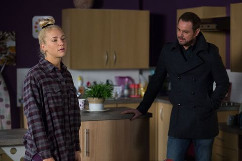 ​Nancy refuses to go to lunch as she wants to avoid Lee.