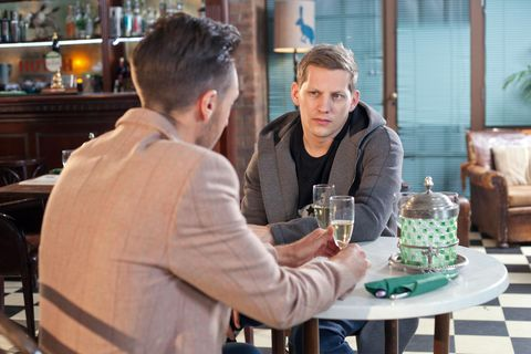 ​John Paul promises to help Scott have a healthier view of relationships.