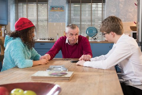 ​Jack is there for Jade and Alfie as they make a big decision.