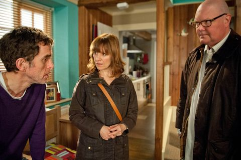Paddy and Rhona tell Marlon about their plans to move away