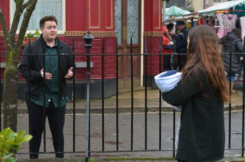 Kyle sees Stacey with Arthur in the street and tries to talk to her.