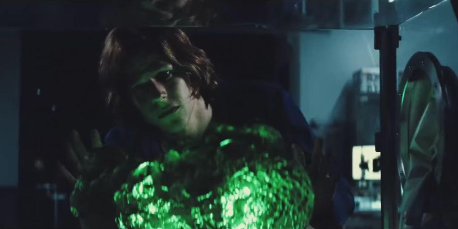 Jesse Eisenberg as Lex Luthor with Kryptonite in Batman v Superman: Dawn of Justice