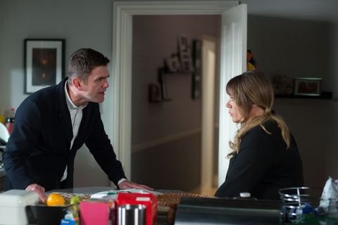 Sharon tells Jack about Ronnie killing Carl White.