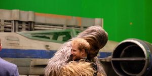 Prince Harry and Chewbacca on the Star Wars Episode 8 set